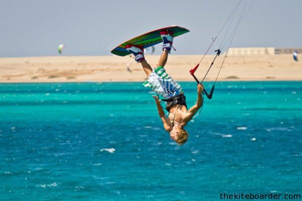kitesurfing 10